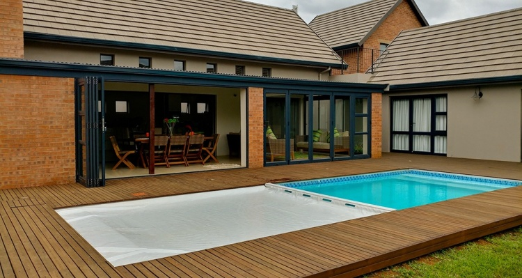 Designer Pool Covers: Poollock Hydraulic Automatic Safety Cover